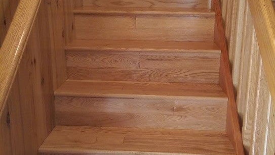 Solid Plank Oak Hardwood Flooring