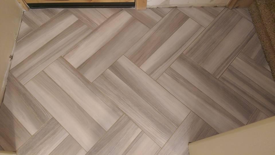 Plank floor tiles porcelain